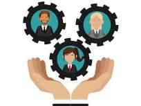 people management - माणसं जोडण्याची कला आहे तुमच्याकडे? मग तुमचं करिअर सुसाट!