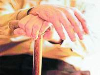 ज्येष्ठांना संसर्गाचा अधिक धोका; आरोग्य मंत्रालयाकडून मार्गदर्शक सूचना जाहीर - Marathi News   Greater risk of infection to the elderly; Guidelines released by the Ministry of Health   Latest mumbai News at Lokmat.com