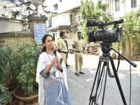 शरद पवार रुग्णालयात तर गेटबाहेरून सुप्रिया सुळेंची पंढरपूर पोटनिवडणुकीसाठी जोरदार बॅटिंग - Marathi News   Sharad Pawar in hospital and Supriya Sule batting hard for Pandharpur by-election from outside the gate   Latest politics News at Lokmat.com
