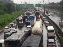 रस्त्यांवरील खड्ड्यांमुळे सायन-पनवेल महामार्गावर वाहतूक कोंडी; वाहनचालकांना मनस्ताप