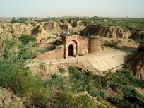 जमिनीखाली असलेला एक अद्भुत किल्ला, ज्यात एकाचवेळी १० हजार सैनिक मावतात.