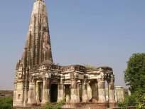 पाकिस्तानातील 'या' मंदिराला हिंदूच नाही तर मुसलमान सुद्धा करतात वंदन, काय आहे रहस्य.....