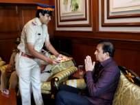 महिला पोलिसांना मिळाला हक्काचा भाऊ, गृहमंत्र्यांनी साजरी केली अनोखी रक्षाबंधन - Marathi News | The women police got the brother, the Home Minister celebrated a unique Rakshabandhan | Latest mumbai News at Lokmat.com