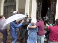 Sushant Singh Rajput Suicide : चौकशीच्याजाळ्यात रिया, ईडीकार्यालयात पोहचली - Marathi News | Sushant Singh Rajput Suicide: Rhea Chakraborty arrives at ED office in mumbai | Latest crime News at Lokmat.com
