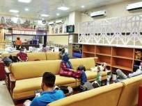 सोफा, डायनिंग टेबल, लायब्ररी अन् बरंच काही; CSMT चा नवा लाऊंज लय भारी - Marathi News | Mumbai airport? Nope, that's new lounge at CSMT | Latest mumbai News at Lokmat.com