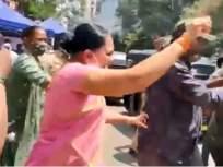 Video : श्रेयवाद! अंधेरीत कोविड सेंटरवर भाजपा-शिवसेना आमने सामने; कार्यकर्त्यांत झाली धक्काबुक्की - Marathi News   BJP-Shiv Sena face-off at covid Center; There was an argument and fighting among both party workers   Latest mumbai News at Lokmat.com