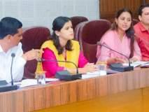 शासन कार्यवाहीची माहिती लोकप्रतिनिधींना द्यावी