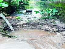 रावणवाडी जलाशयाच्या मुख्य कालव्याला भगदाड