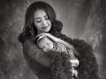 So Cute...! महिन्याभराच्या बाळासोबत 'हेट स्टोरी २'च्या अभिनेत्रीनं केलं फोटोशूट