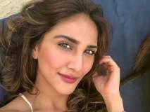 Vaani Kapoor Birthday Special : कधी हॉटेलमध्ये करायची काम, आता करणार 'वॉर'