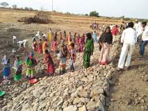 शेततळे, शोषखड्ड्यांमुळे दावतपुरात १२ महिने पाणी