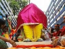 Ganesh Festival 2019 : बाप्पाला घरी आणताना चेहरा का झाकतात?