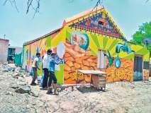 यूपीचा चित्रकार जलजागृतीसाठी महाराष्ट्राच्या भींती रंगवतो तेव्हा...