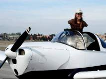 जबरदस्त! भेटा जेसिकाला जी पायांनी उडवते विमान, स्कूबा डायविंग अन् घोडेस्वारीचीही आवड!
