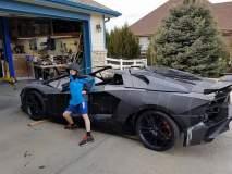 बाबो! मुलासाठी १४ लाखात वडिलांनी घरीच तयार केली ५ कोटी रूपयांची Lamborghini!