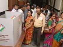 Maharashtra Assembly Election 2019 : निवडणूक अधिकाऱ्यांच्या 'पोस्टल बॅलेट' मतदानास सुरुवात