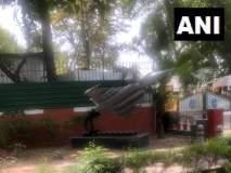 दिल्लीत काँग्रेसच्या मुख्यालयासमोर उभे केले 'राफेल'