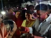 Video : रोहित पवार जिंकले अन् उपवास सुटला, घरी जाऊन माऊलीला घास भरवला