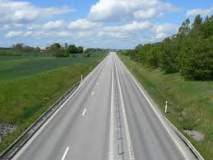 पुणे-कागल महामार्गाची श्वेतपत्रिका काढा -जनता दलाची मागणी; 'लोकमत'ची कात्रणे केली सादर