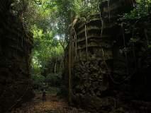 येथील डोंगरांमध्ये दडलाय रहस्यांचा खजिना, इथेच गुहेच्या आत आहे वाहती नदी!