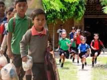 प्लास्टिक द्या, शिक्षण घ्या; गरिबांना मोफत शिक्षण देणारी अनोखी शाळा