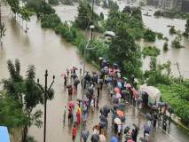 टिटवाळा गणपती मंदिराच्या मुख्य रस्त्यावर काळू नदीचे पाणी शिरले