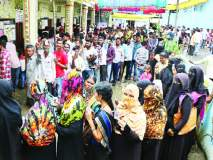 Maharashtra Election 2019 :नांदेड जिल्ह्यात ६५ टक्के मतदान;१३५ उमेदवारांचे भवितव्य ईव्हीएम यंत्रात बंद