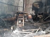 यवतमाळमधील पांढरकवडामध्ये फर्नीचर दुकानाला भीषण आग