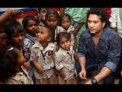 Well Done Sachin... मुंबईतील 4000 वंचित मुलांसाठी सचिन तेंडुलकरची आर्थिक मदत