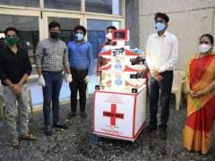 coronavirus: कल्याणच्या कोविड रुग्णालयात आता परिचारिकांऐवजी रोबो करणारकोरोना रुग्णांची सेवा