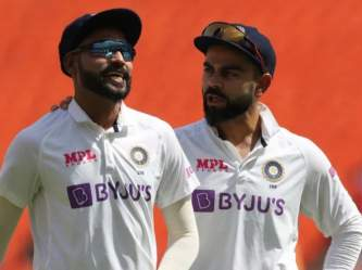 World Test Championship : भारतीय संघाला बदलावा लागला प्लान; IPL 2021 स्थगितीचा परिणाम! - Marathi News | India likely to leave for England earlier than expected ahead of WTC Final against New Zealand | Latest cricket Photos at Lokmat.com