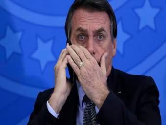 Coronavirus: 'कोरोनामुळे लोक मरत असतील तरी चालेल पण अर्थव्यवस्था ढासळता कामा नये' - Marathi News   Coronavirus: 'People may die due to corona but economy should not collapse Says Brazil President pnm   Latest international News at Lokmat.com