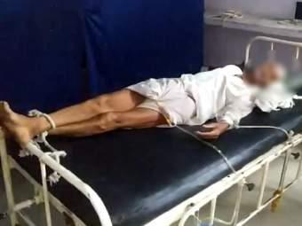 हॉस्पिटलचं बिल न भरल्याने ६० वर्षीय वृद्धाला खाटेला बांधले; दोषींवर कारवाई करण्याचे मुख्यमंत्र्यांचे आदेश - Marathi News | Private Hospital Ties Old Patient For Payment Of Bill, CM Shivraj Chauhan will take action | Latest national News at Lokmat.com