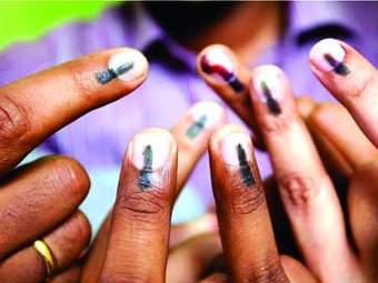 महानगरपालिका निवडणूक : धुळ्यात 60, तर अहमदनगरमध्ये 67 टक्के मतदान