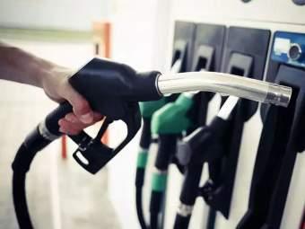 पेट्रोलचे दर वार्षिक उच्चांकावर; डिझेलच्या किंमतीतही मोठी वाढ