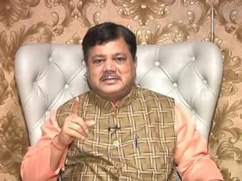 सगळ्या तपासण्यांची चौकशी व्हावी, कोरोना टेस्टींगवर दरेकरांचे प्रश्नचिन्ह - Marathi News | All investigations should be investigated, Pravin darekar questioned on corona testing | Latest mumbai News at Lokmat.com