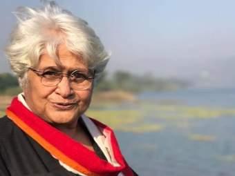 प्रसिद्ध दिग्दर्शिका सुमित्रा भावे यांचं पुण्यात निधन; ७८ व्या वर्षी घेतला अखेरचा श्वास - Marathi News   director sumitra bhave passes away in pune   Latest pune News at Lokmat.com