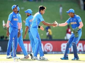 टीम इंडियाचा डबल धमाका, एकाच वेळी नमवलं दोन प्रतिस्पर्ध्यांना