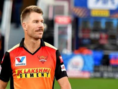 चीनच्या राॅकेटमुळे घाबरले होते ऑसी खेळाडू - वॉर्नर - Marathi News | The Aussie players were terrified of the Chinese rocket says Warner | Latest cricket News at Lokmat.com