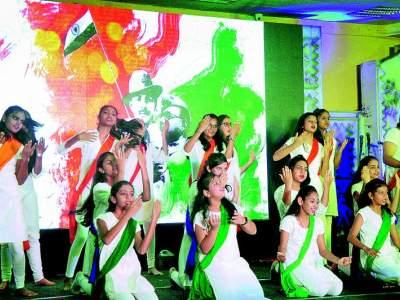 The color of patriotism on the eve of independence in Nagpur | नागपुरात स्वातंत्र्याच्या पूर्वसंध्येला देशभक्तीचा रंग