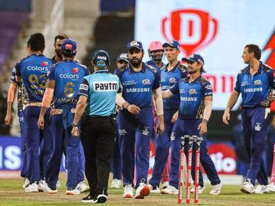 IPL 2021 Suspended : भारताच्या सीनियर खेळाडूंना बंधनं आवडत नव्हती, मुंबई इंडियन्सच्या ताफ्यातून बायो-बबलबाबत गौप्यस्फोट! - Marathi News | IPL 2021 Suspended : Some senior Indian guys don't like being restricted: Mumbai Indians fielding coach James Pamment | Latest cricket News at Lokmat.com