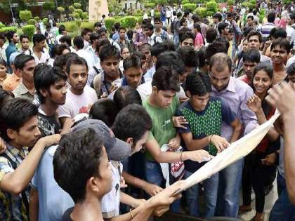 Education Minister Varsha Gaikwad announcement; decision regarding CET exam for 11th admission | शिक्षणमंत्री वर्षा गायकवाडांची मोठी घोषणा; ११ वीच्या प्रवेशासाठी CET परीक्षेबाबत महत्त्वाचा निर्णय
