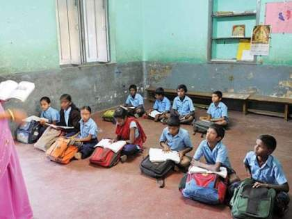 15 schools of Nagpur Municipal Corporation closed; The blow of the adjustment strategy | नागपूर मनपाच्या १५ शाळा बंद; समायोजन धोरणाचा फटका