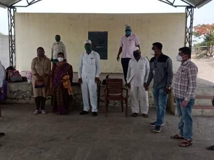 What a ploy by the Gram Panchayat to deport Corona | कोरोना हद्दपार करण्यासाठीग्रामपंचायतीने कसली कंबर