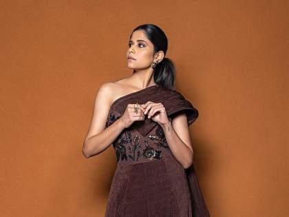 Sai Tamhankar's 'Duniyadari'! Actress miss this actor   सई ताम्हणकरची 'दुनियादारी'!,अभिनेत्री मराठी सिनेइंडस्ट्रीतील मित्रमंडळींना करतेय मिस