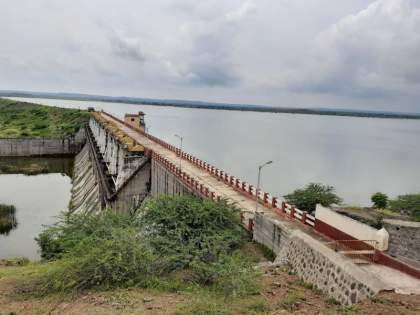 On the way to Amravati project 'overflow' in Dhule district | धुळे जिल्ह्यातील अमरावती प्रकल्प 'ओव्हरफ्लो'च्या मार्गावर