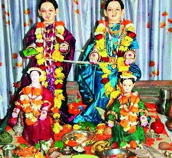 Gauri Pujani's province-wise non-conventional tradition and story! | गौरी पूजनाची प्रांतनिहाय निराळी प्रथा अन् कथा!