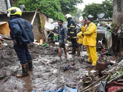 Two-storey house collapses in Shivajinagar, Mumbai; 4 killed, 14 injured   मुंबईतील शिवाजीनगरमध्ये दुमजली घर कोसळले; 4 मृत्यू, 14 जखमी