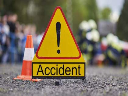 Pedestrian killed in Moshi accident | मोशीत अपघातात दुचाकीस्वार महिलेसह पादचाऱ्याच्या मृत्यू