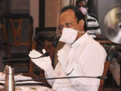 Due to Corona Deputy Chief Minister Ajit Pawar takes the ulmost care but the activists do not care. | उपमुख्यमंत्री अजित पवार घेतात कोरोनामुळे सर्वतोपरी काळजी पण कार्यकर्ते अजूनही बिनधास्त..
